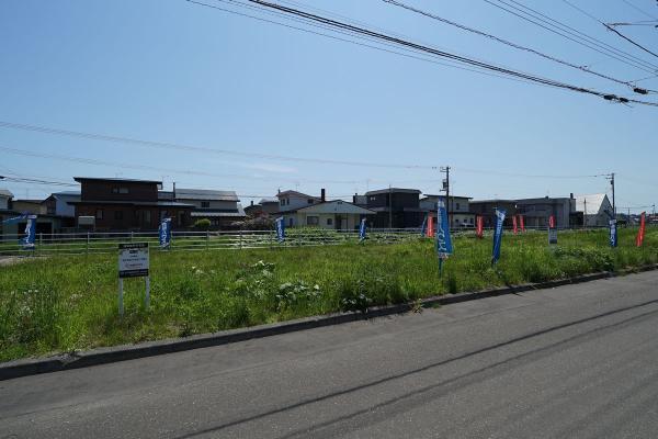 北海道苫小牧市澄川町8丁目11番127、11番128 の売買2区画以上の土地物件詳細はこちら