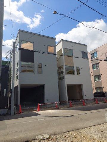 北海道札幌市東区北十条東10丁目 の売買新築一戸建て物件詳細はこちら